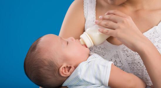 宝宝拉肚子吃什么?二胎妈妈的经验之谈