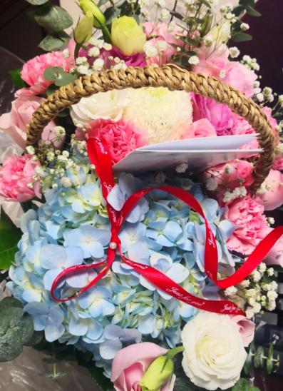 42岁生日这一天,收到闺蜜的鲜花